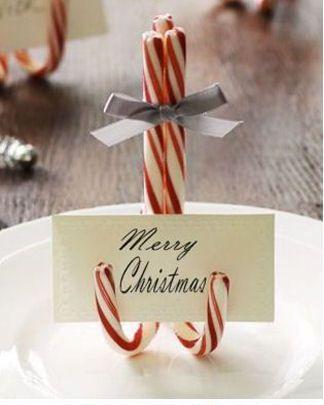 Karácsonyi kívánság vagy ültetőkártya karácsonyi nyalókából.