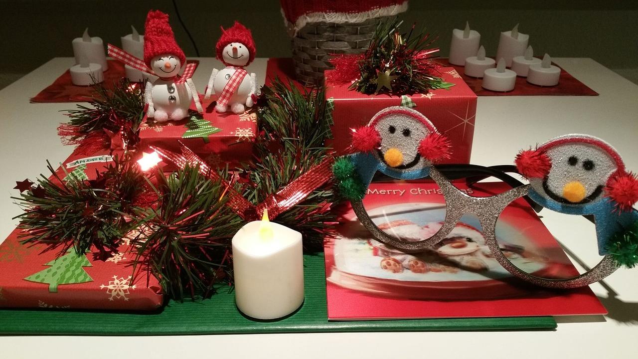 christmas-1334634_1280.jpg