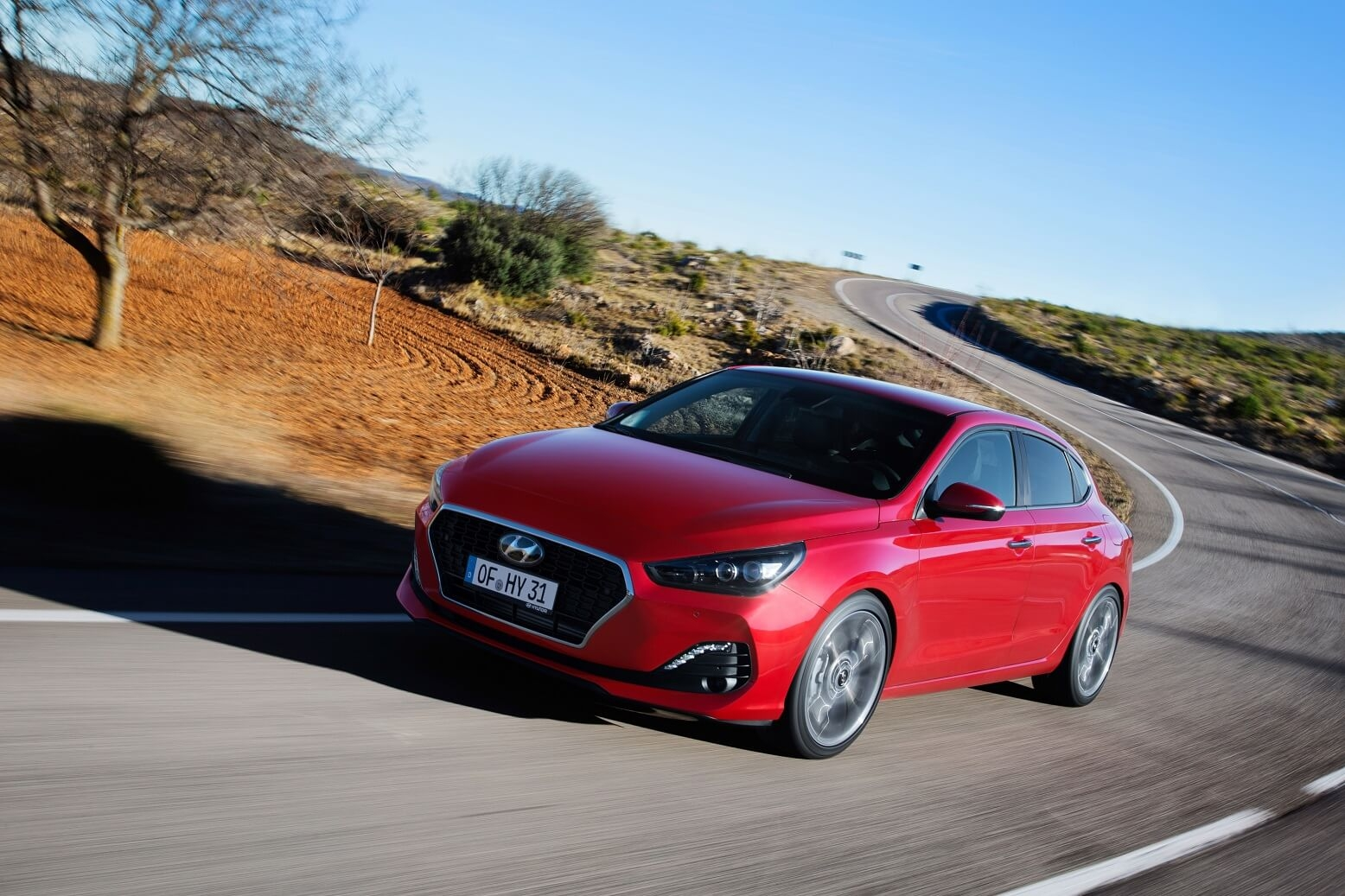 hyundai-all-new-i30-fastback-2018-exterior-10-hires.jpg