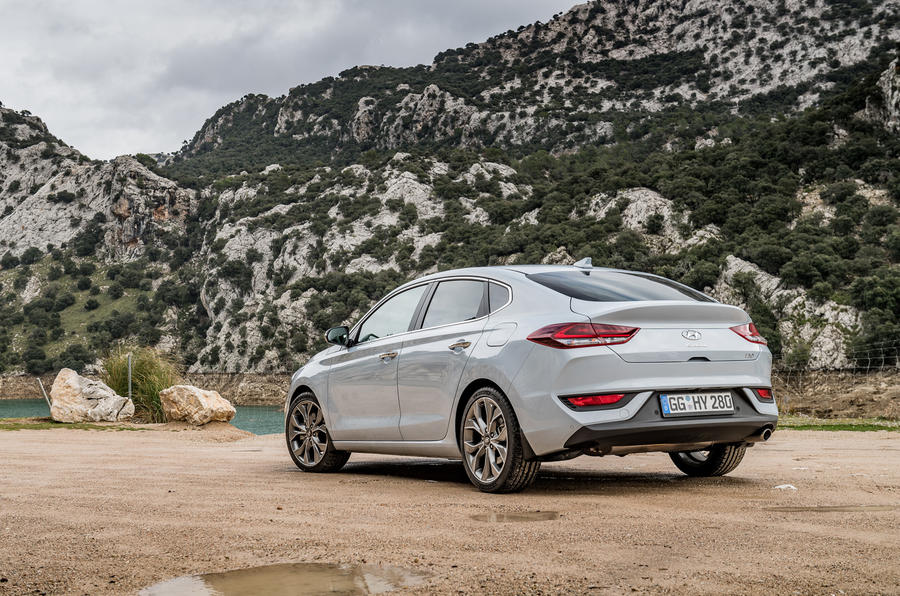 hyundai-i30-fastback-rear-quarter.jpg