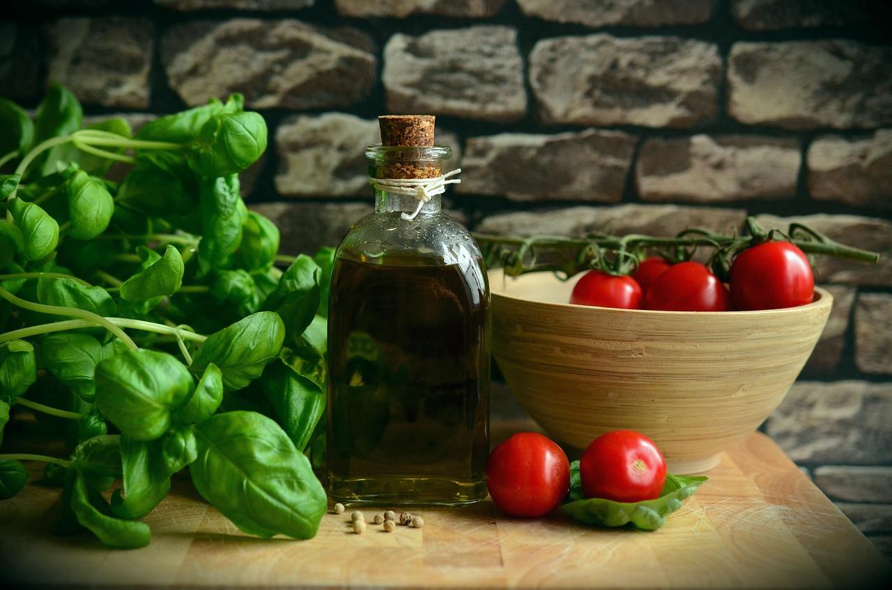 olive-oil-1412361_1280.jpg