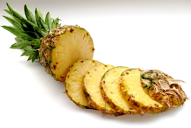 pineapple-636562_640.jpg