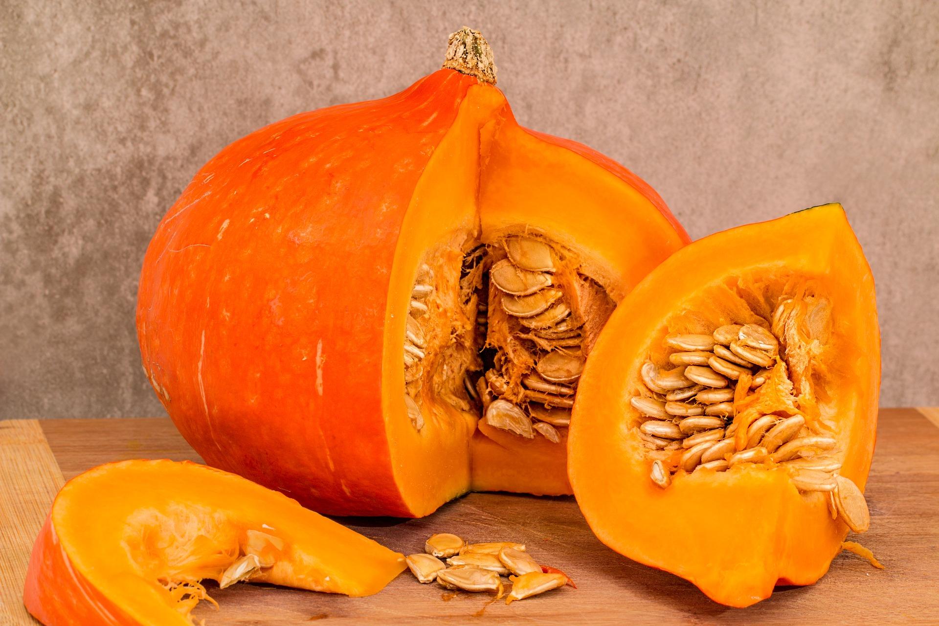 pumpkin-3360793_1920.jpg