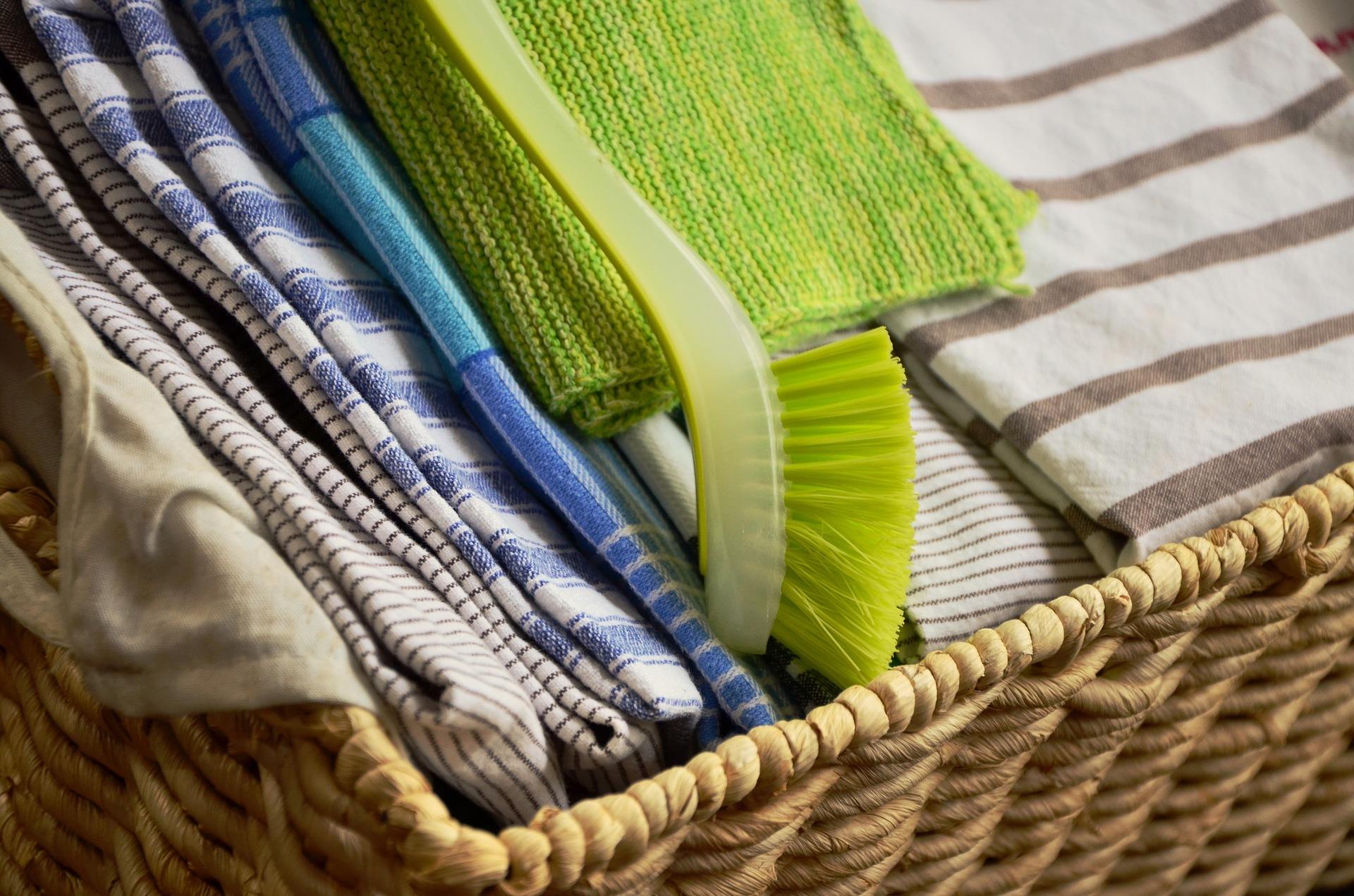 tea-towels-1424776_1920.jpg