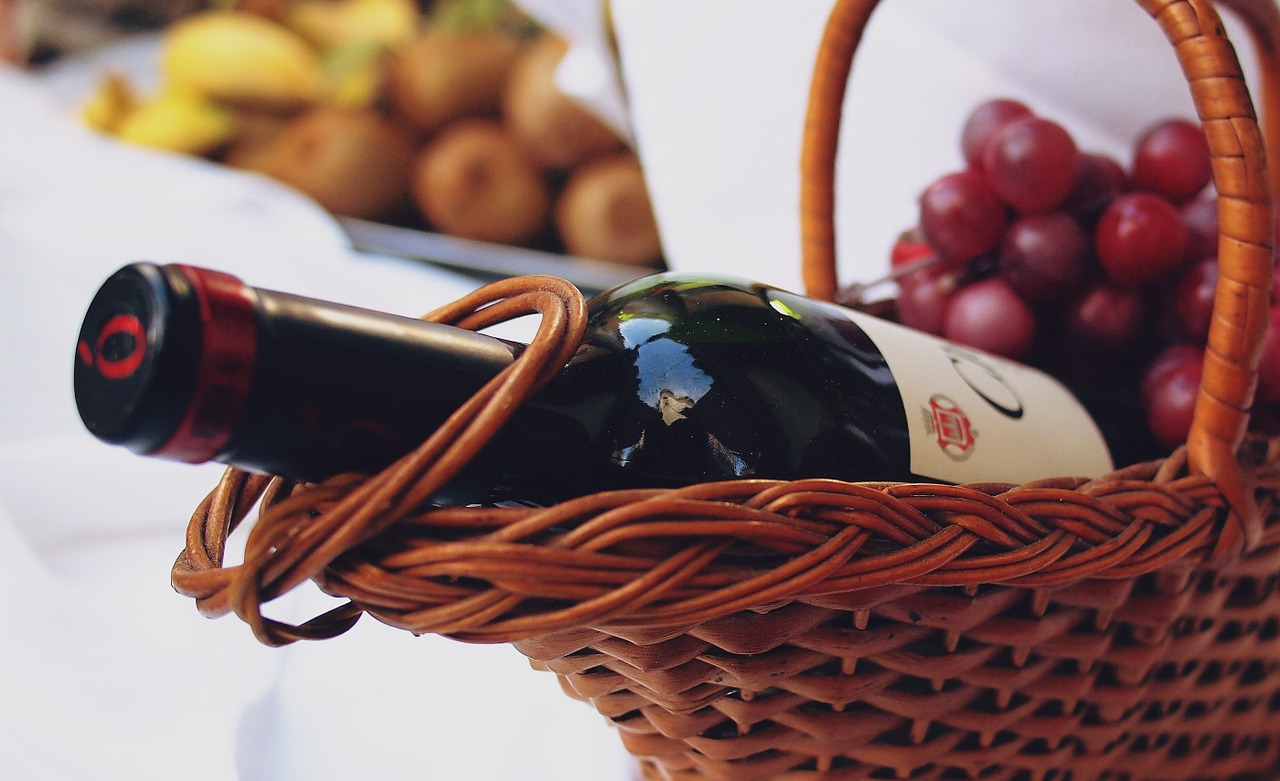 wine-699389_1280.jpg