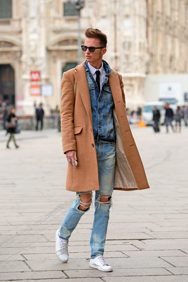 milan-fashion-week-2015-street-style-camel-coat-men-style-ferfidivat-denim-farmer-dzseki-hatizsak-benzolbag-smizedivat_3.png