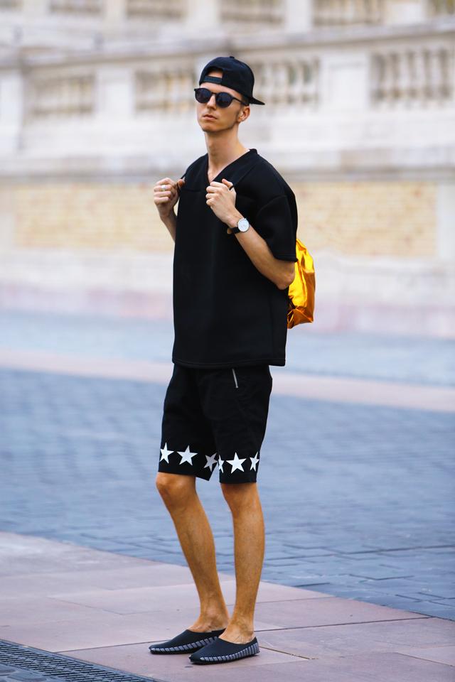 magyar-divat-street-style-ferfidivat-menswear-pikkpack-shoes-galla-hungarian-designer-smizedivat-black-outfit-menstyle_2.png