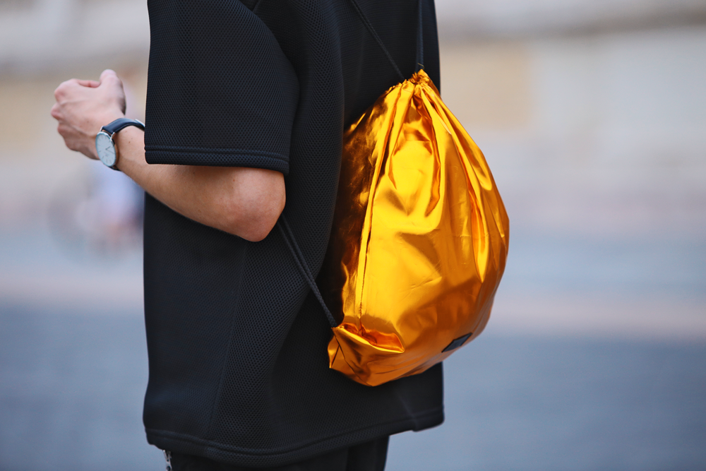 magyar-divat-street-style-ferfidivat-menswear-pikkpack-shoes-galla-hungarian-designer-smizedivat-black-outfit-menstyle_8.png