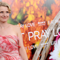 Könyvkritika: Elizabeth Gilbert: Ízek, imák, szerelmek (2010)