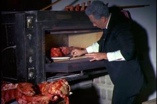Villámkritikák:  Blood Feast (1963), The Church (1989), Trauma (1993)