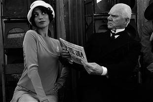 Villámkritikák: A némafilmes (2011) ; A hatalom árnyékában (2011) ; Őrült, dilis, szerelem (2011)