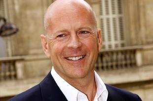 Aki még mindig drágán adja a legendás félmosolyát: Bruce Willis (1955-)