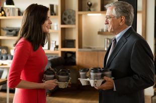 A kezdő / The Intern (2015)