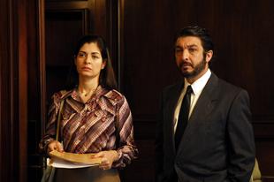 Szemekbe zárt titkok / El Secreto de sus Ojos (2009)