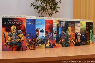 Könyvkritika: John Caldwell: Káosz regényciklus