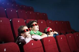 7 tipp, hogy elkerüld a rossz közönséget a moziban