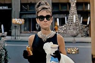 Álom luxuskivitelben / Breakfast at Tiffany's (1961)