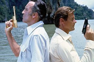 Az aranypisztolyos férfi / The Man with the Golden Gun (1974)