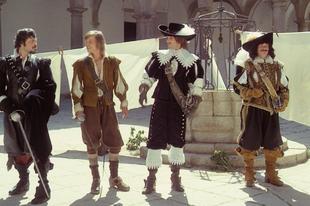 A három testőr - A királyné nyaklánca / The Three Musketeers (1973)