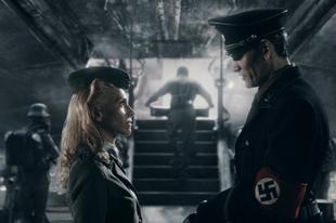 Villámkritikák - Iron Sky (2012); 21 Jump Street (2012)