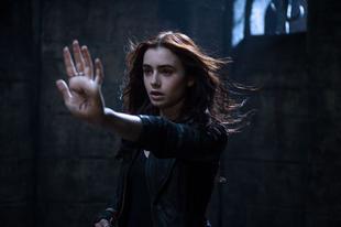 A végzet ereklyéi: Csontváros / The Mortal Instruments: City of Bones (2013)