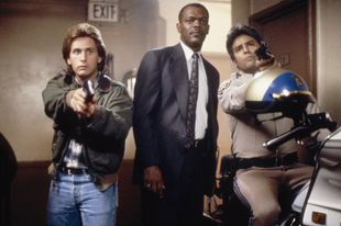 Haláli fegyver / Loaded Weapon 1 (1993)