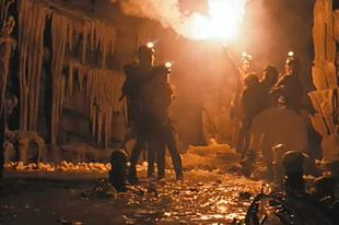 Duplakritika: A barlang / The Descent (2005)