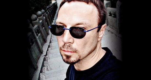 viktor-olegovich-pelevin-pisatel-biografiya-tvorchestvo.jpg