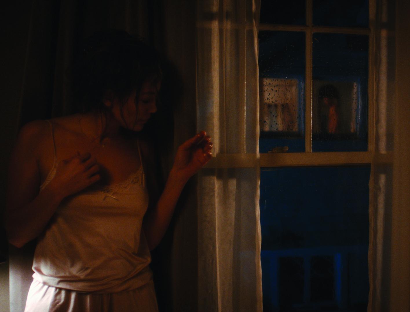 the-boy-next-door-claire-peterson.jpg