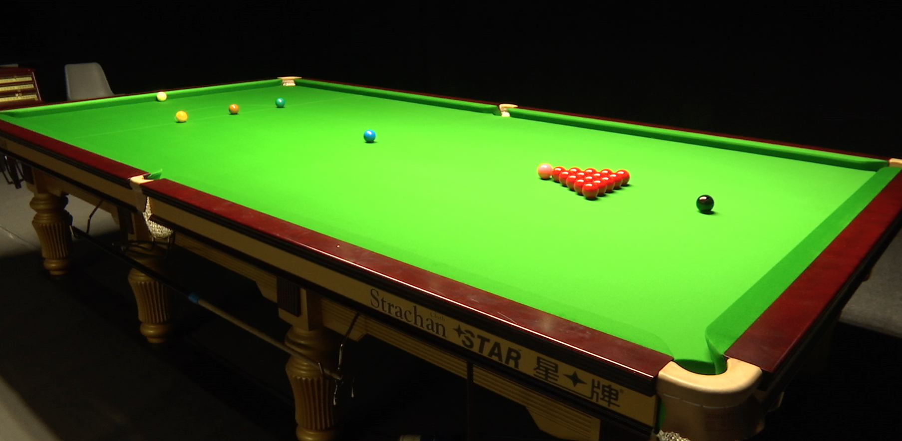 snooker-table.png