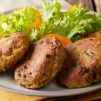 Könnyű, nyári fasírt sütőben készítve: villámgyors, egészséges vacsora
