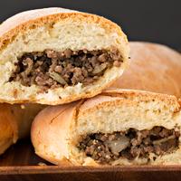 Így készül a pirozski, a tradicionális orosz húsos batyu - Omlós tészta, sok töltelék