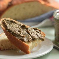 Örülj az esőnek, készíts szendvicskrémet friss gombából!