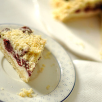 Egyszerű meggyes-túrós süti, ami egy mozdulattal IR-kompatibilissé alakítható
