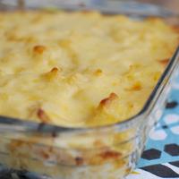Karfiol mac'n cheese krémes besamellel: makaróni és sajt alá bújt a zöldség