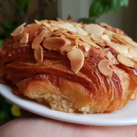 Hétvégén újra kinyit a főváros egyik legjobb péksége, az Alma Nomad Bakery