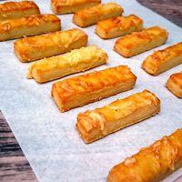 Olcsó és egyszerű: gluténmentes sajtos túrós rúd