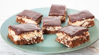 Csokis-kókuszos álomsüti: húsz perc alatt, sütés nélkül készül