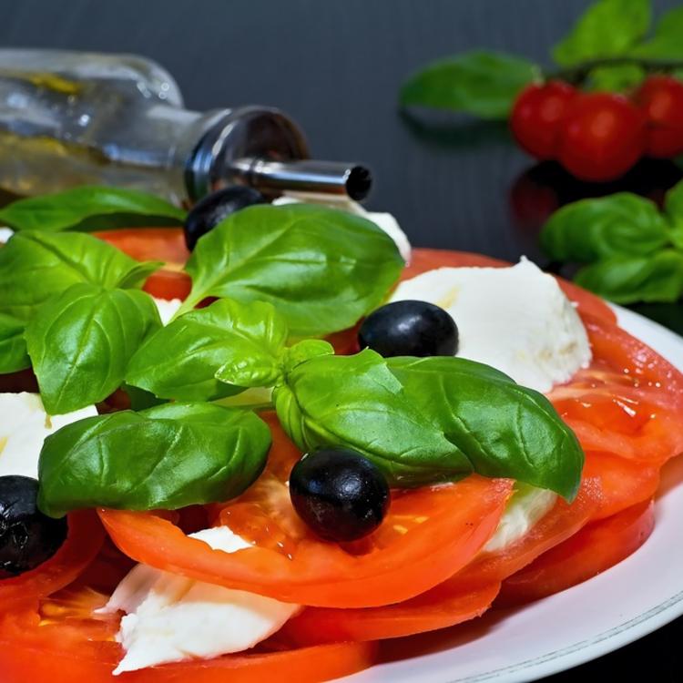 Kánikulai közszolgálat: hideg és meleg saláták, amikkel simán jól lakunk