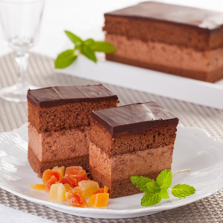 Így készül a Rigójancsi, a legcsokoládésabb hagyományos sütemény