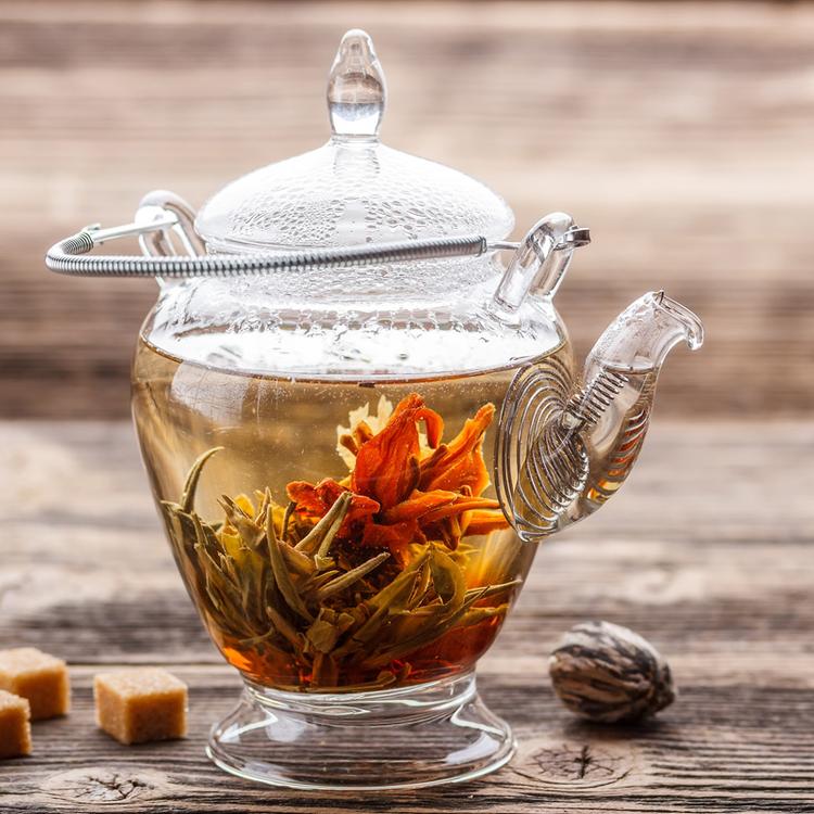 Virágzó tea: szemkápráztatóan gyönyörű és isteni finom
