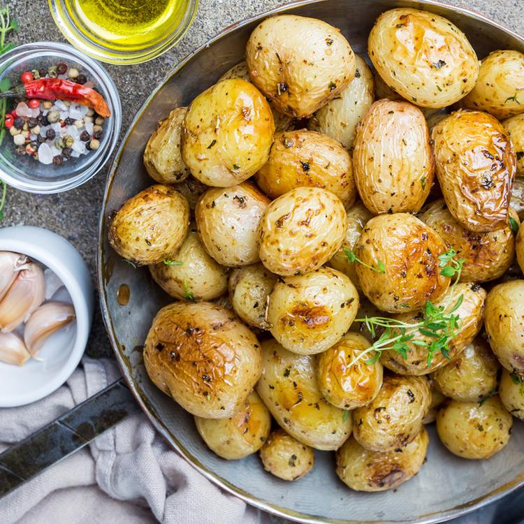 Pirult petrezselymes újkrumpli - Egy köret, ami főételként is zseniális
