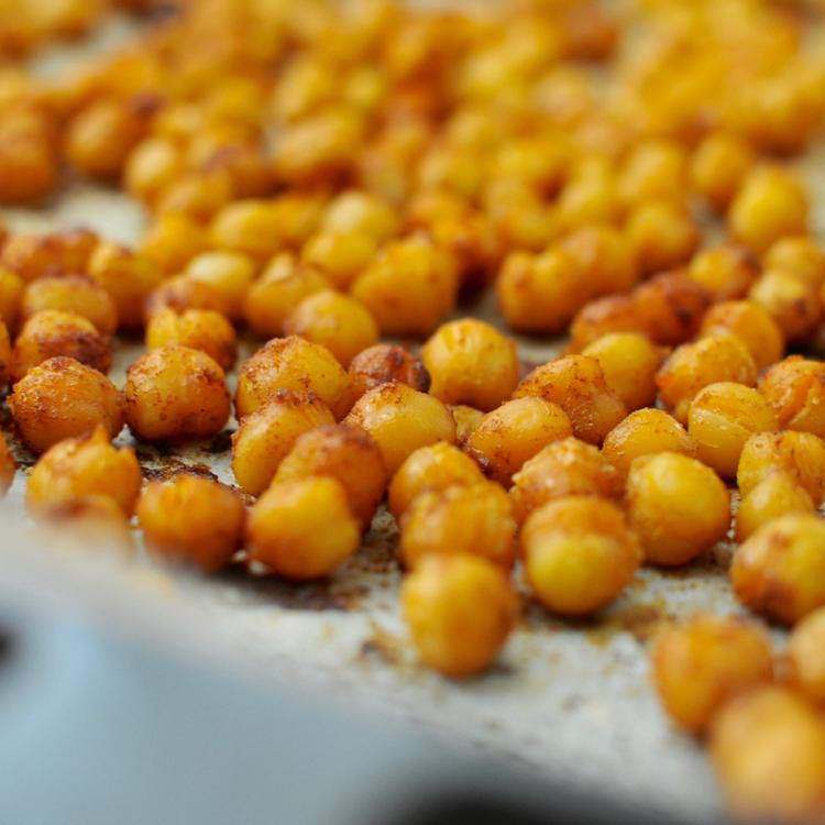Ropogósra sült, fűszeres csicseriborsó - A legjobb egészséges nassolnivaló