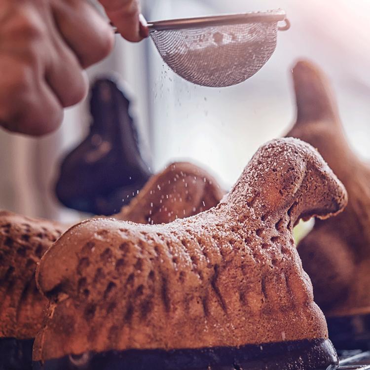 Omlós francia sütemény húsvétra - Az elzászi sütibárány nagyon mutatós is