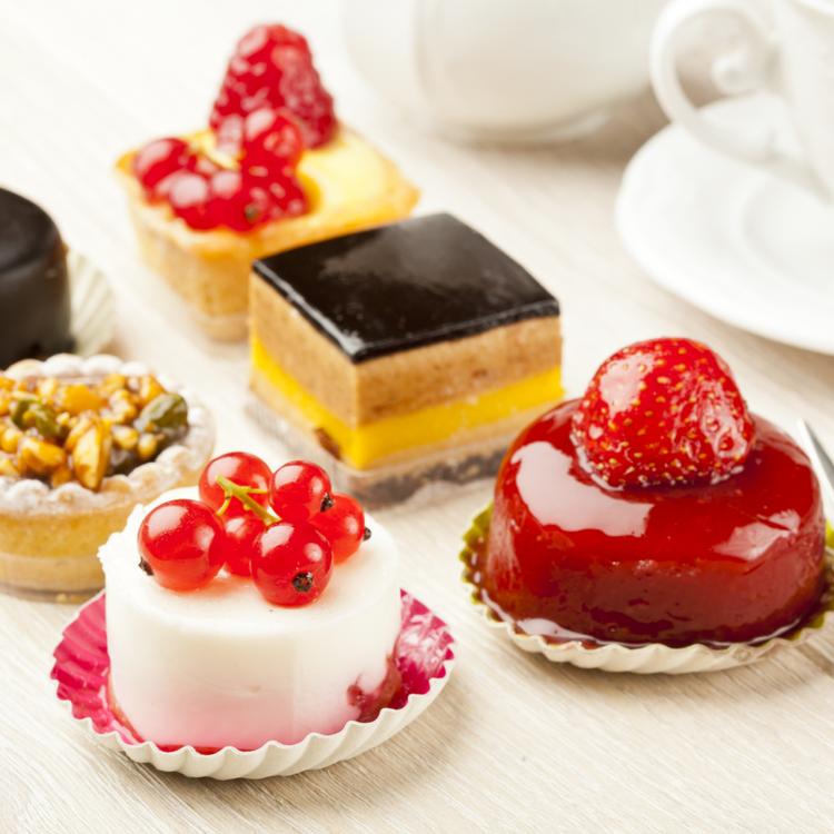 Kínzó kérdés: egészségesebb a gyümölcstorta, mint a csokitorta?