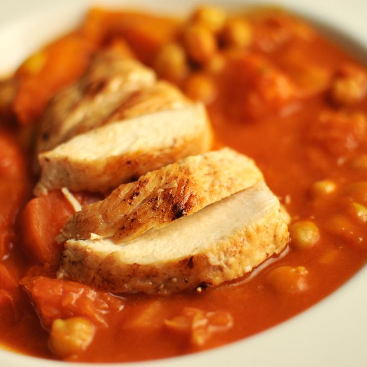 Ha habzó vajban sütjük a csirkemellet, ízes és szaftos lesz