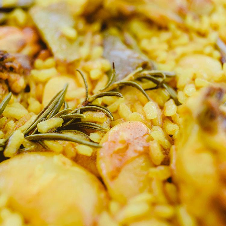 Valenciai paella csirkével és nyúllal - Akkor a legfinomabb, ha a férfi készíti