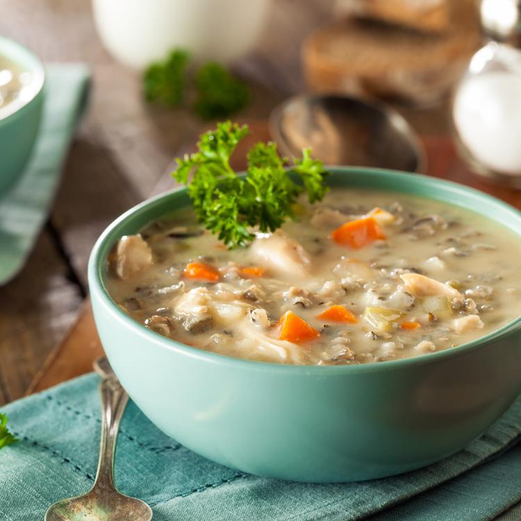 Immunerősítés on: sűrű, krémes vadrizses leves, amely telis-tele van zöldségekkel