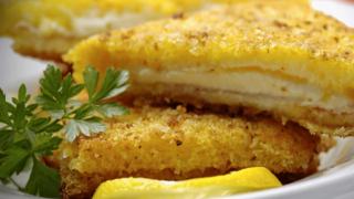 Olasz bundás kenyér lágy, folyós mozzarellával, avagy Mozzarella hintóban