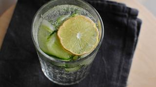 Frissítő uborkás víz: miért jobb, mint a sima?